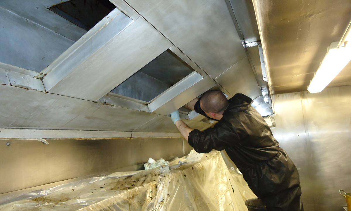 Extractor duct cleaning & OvenKing | Professional Extractor Duct Cleaning Services